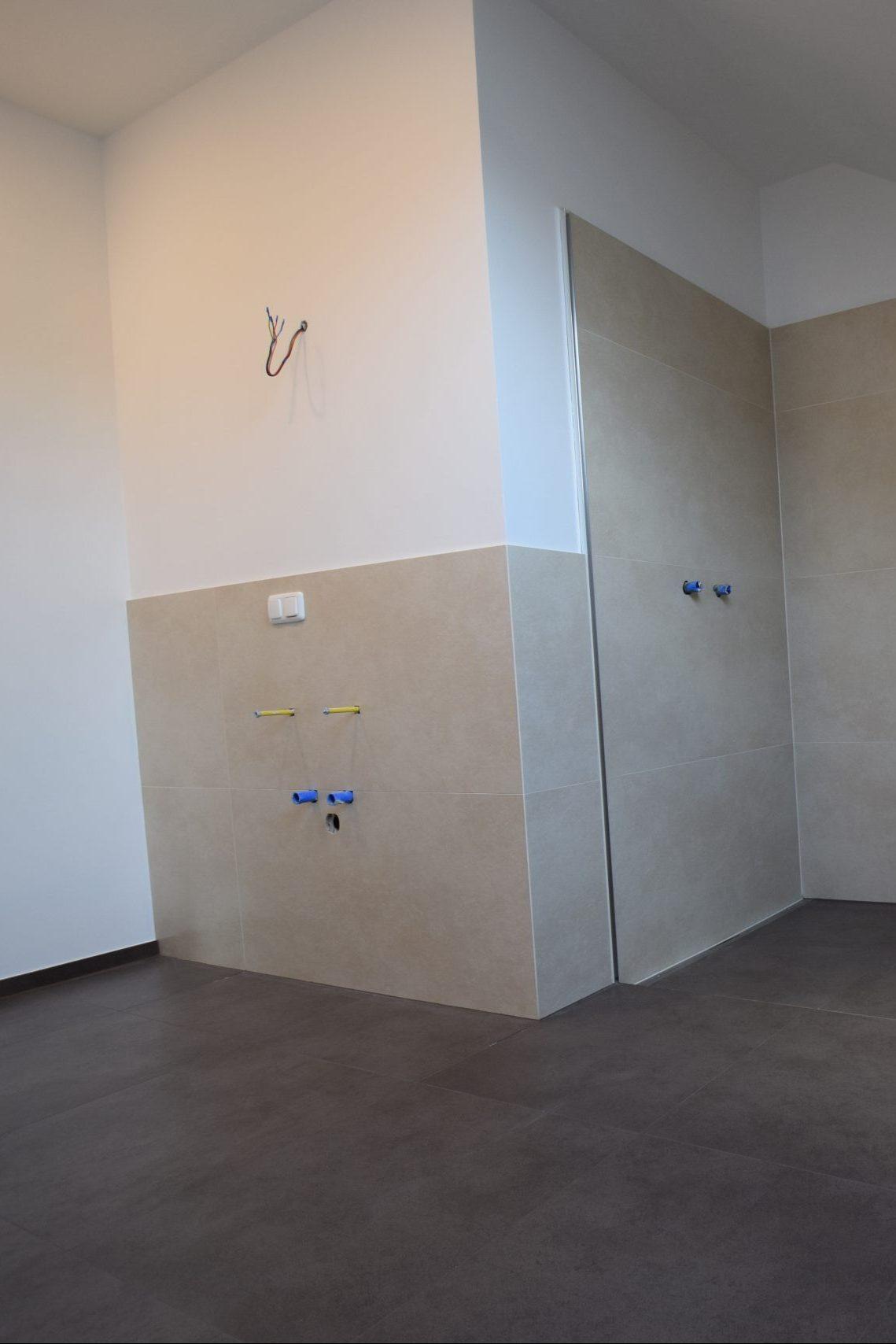 Installationswand Badezimmer